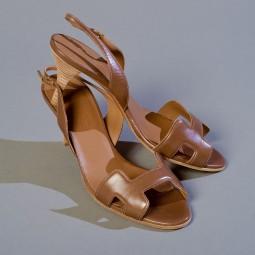 Hermès paire de nu pieds à talon