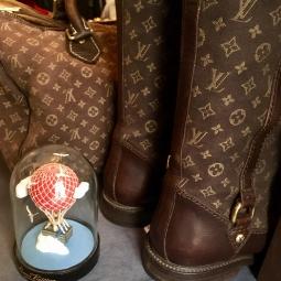 bottes et sac Louis Vuitton vendus ensemble