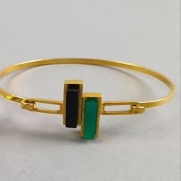 Bracelet jonc superposé de résine verte et noire